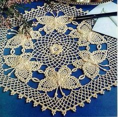 free crochet patterns for beginners doilies Filet Crochet, Crochet Gratis, Crochet Doily Patterns, Irish Crochet, Crochet Tablecloth Pattern, Crochet Chart, Crochet Butterfly, Butterfly Pattern, Crochet Flowers