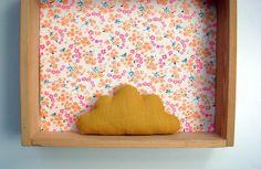 Petit+nuage+en+lin+moutarde,+à+poser+ou+à+suspendre+:+Accessoires+de+maison+par+le-bazar-creations