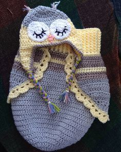 3 Button Baby Owl Cocoon & Hat - Free Pattern crochet