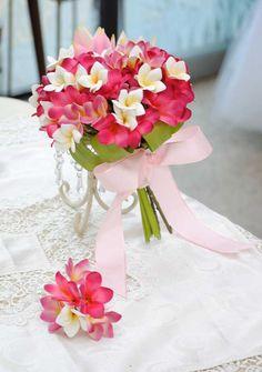 プルメリアとジンジャーのステムブーケ【Wedding Bouquet Club】