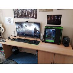 "1,428 Likes, 3 Comments - Mal - PC Builds and Setups (@pcgaminghub) on Instagram: ""A clean setup boasting 2 1080ti's! I'm not even sure what I could do with all that power. By:…"""