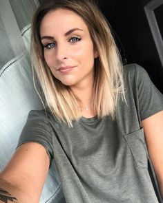 Ombre mentions J'aime, 156 commentaires - Mariio. - Alpingo Balayage , mentions J'aime, 156 commentaires - Mariio. - mentions J'aime, 156 commentaires - Mariio. Bob Haircuts For Women, Long Bob Haircuts, Long Bob Hairstyles, Medium Straight Hairstyles, Lob Haircut Straight, Haircut Bob, Hairstyles Videos, Layered Hairstyles, School Hairstyles