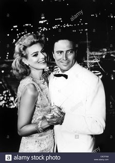 MELINA MERCOURI & RAF VALLONE PHAEDRA (1962) Stock Photo