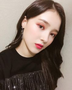 Visual Ranking Of Momoland A/C To Korean Beauty Standards Nancy Jewel Mcdonie, Nancy Momoland, Korean Beauty Standards, Cute Marshmallows, Popular Girl, Love Me Forever, Ulzzang Girl, My Beauty, Beautiful Actresses
