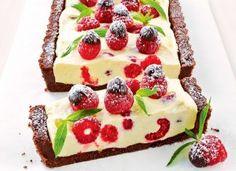 Cheesecake cu cremă de vanilie si zmeură, fără coacere, aspectuos si delicios
