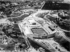 Estádio Municipal do Pacaembu em construção, 1939. Aerofotos Oblíquas - 1939 / 40 [Acervo Instituto Geográfico e Cartográfico]
