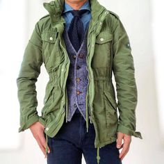 Men's Jackets For Every Occasion. Photo by Menswear Market Jackets are a must-have in the cold weather but it can also be used to accessorize an outfit. Stylish Men, Men Casual, What To Wear Today, Field Jacket, Gentleman Style, Preppy Style, Military Fashion, Jacket Style, Simple Outfits