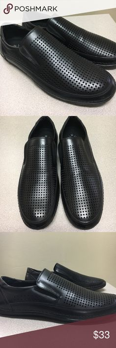 Stacy Adams Mens Northshore Shoes Size 11 These are Stacy Adams men's Northshore footwear. They are the perfect in between shoe with perforated uppers and the shoes are very light. They feel like lightweight sandals but are actually shoes. Moc toe slip on with manmade perforated uppers with breathable leather linings Stacy Adams Shoes Loafers & Slip-Ons