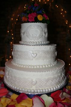 Celtic Wedding Theme | Celtic Symbols For Marriage Wedding cake with celtic