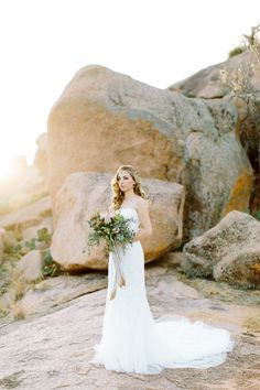 desert inspired bridal bouquet // clementine botanical art // mint photography