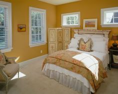 Traditional Bedroom Photos Gold Paint Design, Pictures, Remodel, Decor and Ideas - page 6 Cottage Style Bedrooms, Farmhouse Master Bedroom, Shabby Chic Bedrooms, Modern Bedroom, Bedroom Decor, Girls Bedroom, Bedroom Ideas, Bedroom Photos, Mustard Bedroom