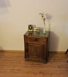 Vintage Kommoden   Vintage Kommode Dunkel Braun (2 X Vorhanden) Links   Ein