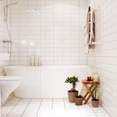 Small Bathroom Designs With Tub A Nice Shower Bathtub Combo In A Small Space Bathroom Remodel Bathroom Design Tiled Bathroom White Tile Clean Bathroom Small Bathroom Ideas With Freestanding Tub Bathroom Tub Shower, Laundry In Bathroom, Bathroom Cleaning, Bathroom Small, Bath Tub, Modern Bathroom, Bathroom Plants, Tiled Bathrooms, Bathtub Shower Combo