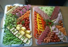 VK is the largest European social network with more than 100 million active users. Food Table Decorations, Food Decoration, Party Food Platters, Food Trays, Finger Food Appetizers, Appetizer Recipes, Cold Dishes, Food Carving, Russian Recipes