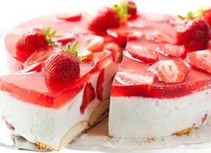 No-bake Cheesecake w/ Strawberry Jelly Topping Strawberry Jelly, No Bake Cheesecake, Baking, Food, Pies, Bread Making, Strawberry Jam, Meal, Patisserie