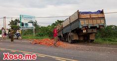 Tai nạn liên hoàn, xe tải đâm nát xe con, tài xế tử vong
