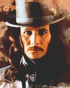 Bram Stoker's Dracula- Gary Oldham SO sexy in this wardrobe.