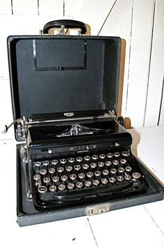 1940's Royal Typewriter by thevintagewife on Etsy, $185.00
