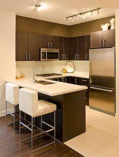 Top Small Apartment Kitchen Decor Ideas - Home - Cozinha Small Apartment Layout, Small Apartment Kitchen, Home Decor Kitchen, Kitchen Interior, New Kitchen, Kitchen Ideas, Kitchen Modern, Modern Kitchens, Kitchen Small