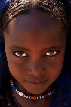 d76f394403aa9a Afar girl s eyes, Danakil, Ethiopia Very very intense eyes with the vaguely  mischievous smirk.