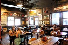 Restaurant with a fun atmosphere - Buffalo's Dino BBQ