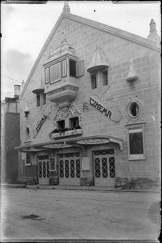 IDEAL CINEMA En el año 1925 se inauguró el Ideal Cinema, situado en la calle Florida. Fue el primer espacio creado exclusivamente para la proyección de películas de cine. Se reformó en 1975 y reabrió sus puertas como Gran Cinema Albéniz. Fue demolido en el año 1987.