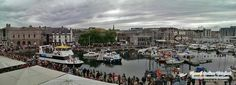 Music in the Harbour large crowds enjoying outdoor Soul and Motown music