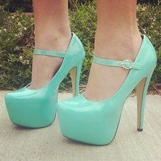 my fav type of blue