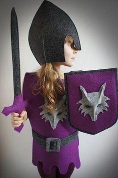 Pan Pepe - cute ideas for felt stuff Diy Knight Costume, Costume Garçon, Costume Carnaval, Dress Up Costumes, Diy Costumes, Halloween Costumes, Knight Costume For Kids, Medieval Party, Medieval Costume
