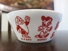 Snow White and the Seven Dwarfs Bowl | Fire-King Mug