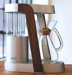 My dream coffee machine ---> Top Drip Coffee Machines: Ratio, Bonavita, Krups & One More — Maxwell's Daily Find Coffee Barista, Coffee Brewer, Coffee Shop, Coffee Maker, Chemex Coffee, Espresso Maker, Starbucks Coffee, Coffee Lovers, Iced Coffee