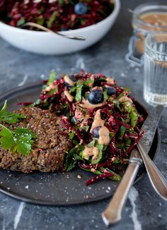 Veganske blackbean bøffer Marmite, Vegetable Dishes, Cooking Tips, Delish, Vegetarian Recipes, Steak, Recipies, Dessert Recipes, Desserts