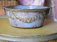 Baby Blue Garland Tin Tub Hand painted. Rust distressed and painted with pink and yellow tiny garland.