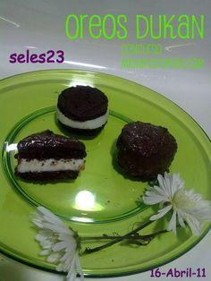 Repartir las galletas resultantes en tres tandas, NO SE PUEDEN comer TODAS el mismo DIA!!! Lo mejor es que os duren 3/4 días...   Para el...