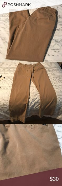 Men's Polo pants Men's Polo pants. 36/34 These have been worn and do have a stain below back pocket, shown in picture. They are in decent condition and have plenty of wear left. Polo by Ralph Lauren Pants Chinos & Khakis