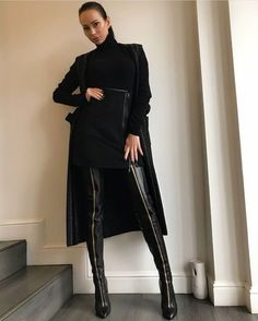 Sexy black leather thigh crotch boots