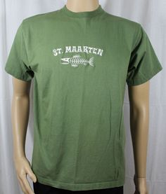 St Maarten Green Medium T-Shirt Fish Skeleton #EconoMTC #GraphicTee