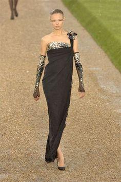 Chanel Fall 2007 Couture Fashion Show - Magdalena Frackowiak