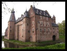 Doorwerth Castle (in Dutch: Kasteel Doorwerth) is a medieval castle near Arnhem, Netherlands. The castle sits along the river Rhine and now home to three museums. Just behind the castle are beautiful forests, meadows and fields that visitors can cycle or hike through.