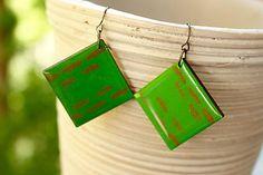 Martinuska / Green squares/wood earrings
