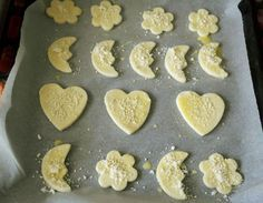 biscuiti 100, biscuiti cu unt, biscuiti pentru copii Unt, Griddle Pan, Baby Food Recipes, Biscuits, The 100, Cookies, Desserts, Sweets, Food