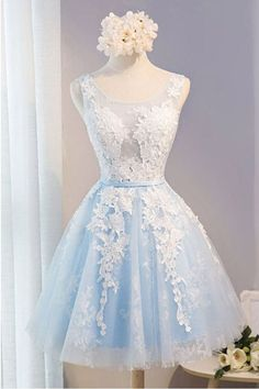 Scoop Neck Short Tulle Homecoming Dress Party Dress With Appliques Lace PG137