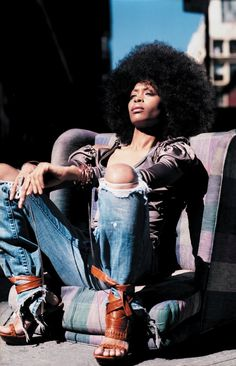 #Erykah #Badu in blue #denim #jeans