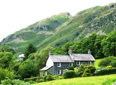 Cottages beneath the hills; Ambleside, England; photo by John Roberts Scottish Cottages, English Cottages, Lake District, The Places Youll Go, Places Ive Been, Places To Visit, My Dream Home, Dream Homes, Beautiful Homes
