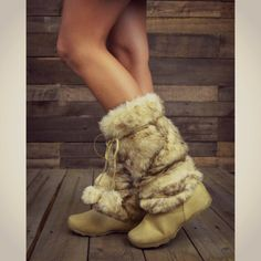 Eskimo Kisses Camel Furry Pom Pom Boots