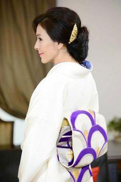 杉本彩 Japanese Costume, Japanese Kimono, Kimono Fashion, Ethnic Fashion, Japanese Beauty, Asian Beauty, Traditional Art, Traditional Outfits, Costumes Japan