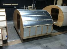 Teardrop Build Pictures: How an Oregon Trail'R Teardrop is Built. Teardrop Trailer Plans, Building A Teardrop Trailer, Scamp Trailer, Little Trailer, Small Camping Trailer, Small Camper Trailers, Used Camping Trailers, Rv Trailers, Motorcycle Camping