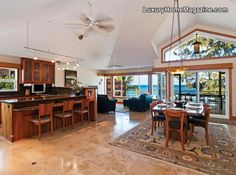Everything's good in this Hawaiian house, except the rug