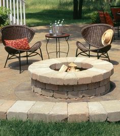 From portable, enclosed outdoor fireplaces to beautiful, open copper and steel pits, these ultra-cool (and affordable) backyard fire pits will help Diy Gas Fire Pit, Cheap Fire Pit, Propane Fire Pit Table, Cool Fire Pits, Round Fire Pit Table, Fire Table, Fire Pit Pergola, Fire Pit Backyard, Backyard Patio