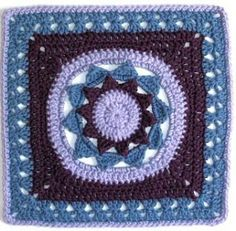 "MoCrochet...beautiful 12"" square...free pattern"